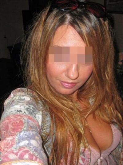 Ravissante jeune femme voulant rencontrer un homme sur Paris