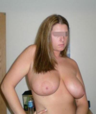 Relation basée sur le sexe avec une femme sexy sur Nice